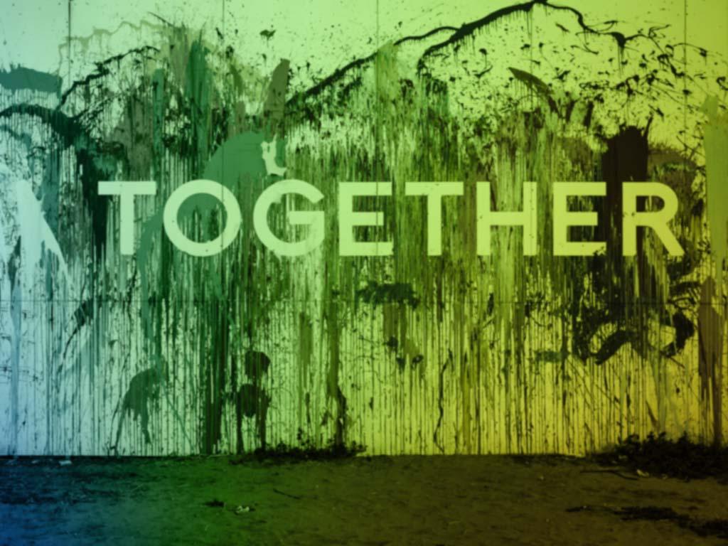 """Pared con la palabra """"Together"""" que simboliza nuestros miedos a tener asertividad y perder la relación cuando decimos no"""